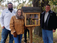 H.B. Fuller Brings Little Free Library to Valley View Elementary